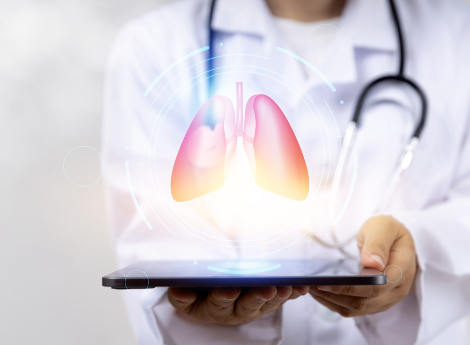 What are the different types of lung cancer? How are they diagnosed and treated?