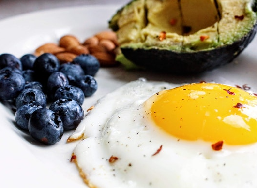 Everything there is to know about the keto diet (concept, benefits and drawbacks)!