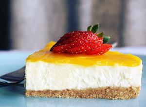 Diabetes-friendly low-carb cheesecake